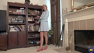 American housewife fingering herself in the study room