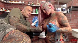 Big titty Evilyn Ink tattoos Sascha unsystematically gets fucked